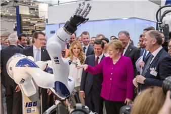 德国雄克亮相汉诺威工博会 聚焦智能抓取技术