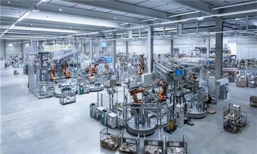 蒂森克虏伯200多个电动汽车机器人即将上线